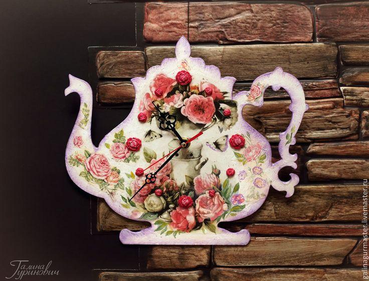 """Купить Настенные часы для кухни """"Чайничек"""" - розовый, чайничек, кухонный интерьер, розы, настенные часы"""