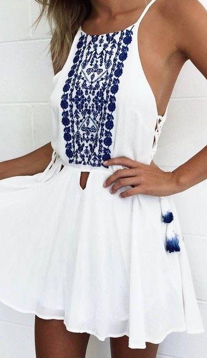 #summer #mishkahboutique #outfits |  Vestido branco pequeno bordado