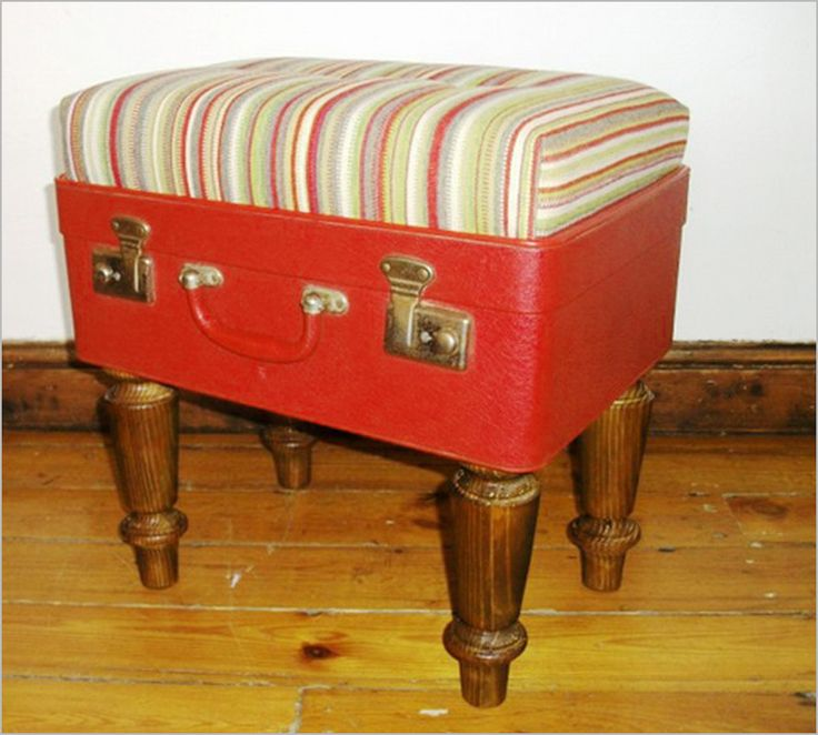 Furniture Ideas , Creative Idea of re-using old suitcases in your house :  Old Suitcases Chairs Ottoman Suitcase Ideas Photograph