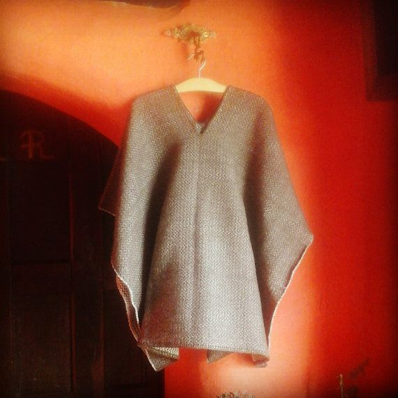 Hand-Woven Poncho / Pure Wool / Light Weight Ruana / by CasaLunaCo