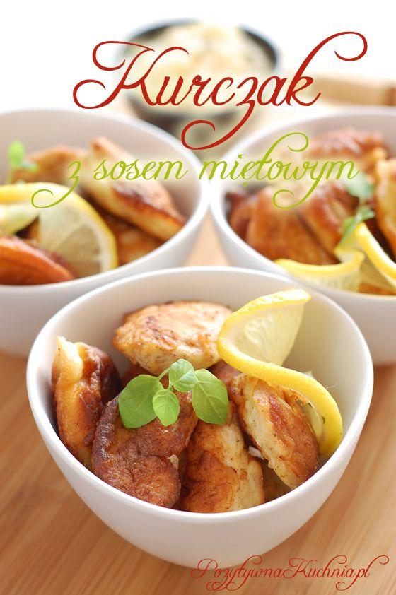 Pierś z kurczaka usmażona w naleśnikowym cieście, podana z wytrawnym sosem jabłkowo-gruszkowo-miętowym o cytrynowej nucie. Danie główne z dodatkiem ryżu.
