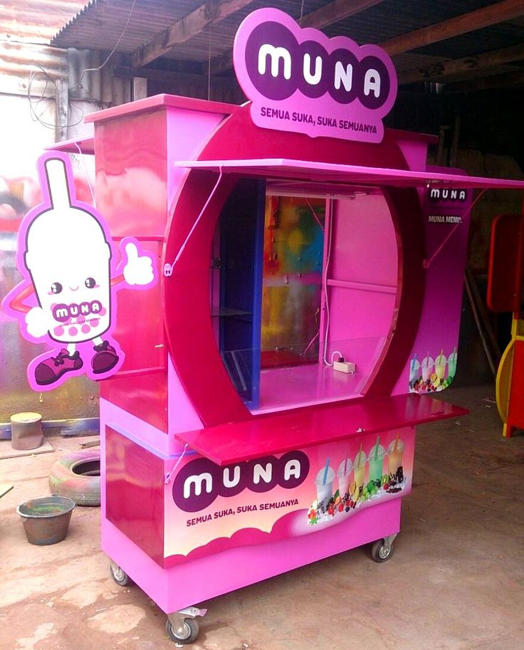 Gerobak Bubble drink : Ukuran 120 x 60 x 200 cm,Rangka besi Holow,Body plat,Cat Duco,Poster Outdoor,Minat : call/sms :0811-218446,Pin 2667FD65,Blog : gerobakimut.blogs... Workshop : Jl Raya Gede Bage selatan no 171 Bandung