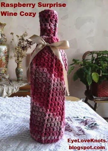 EyeLoveKnots: Raspberry Surprise Front Post Wine Cozy - Free Crochet Pattern