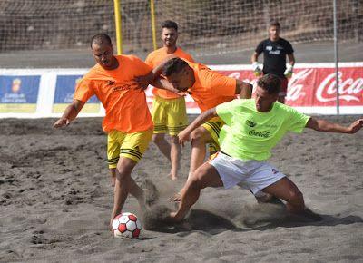 TIEMPO DE DEPORTE: Melenara corona a su campeón de fútbol playa este ...