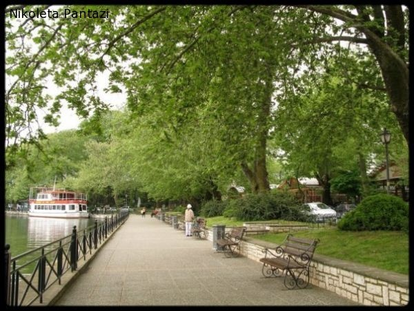 GREECE CHANNEL |  A walk by the lake of Ioannina city, Epirus, Greece ...