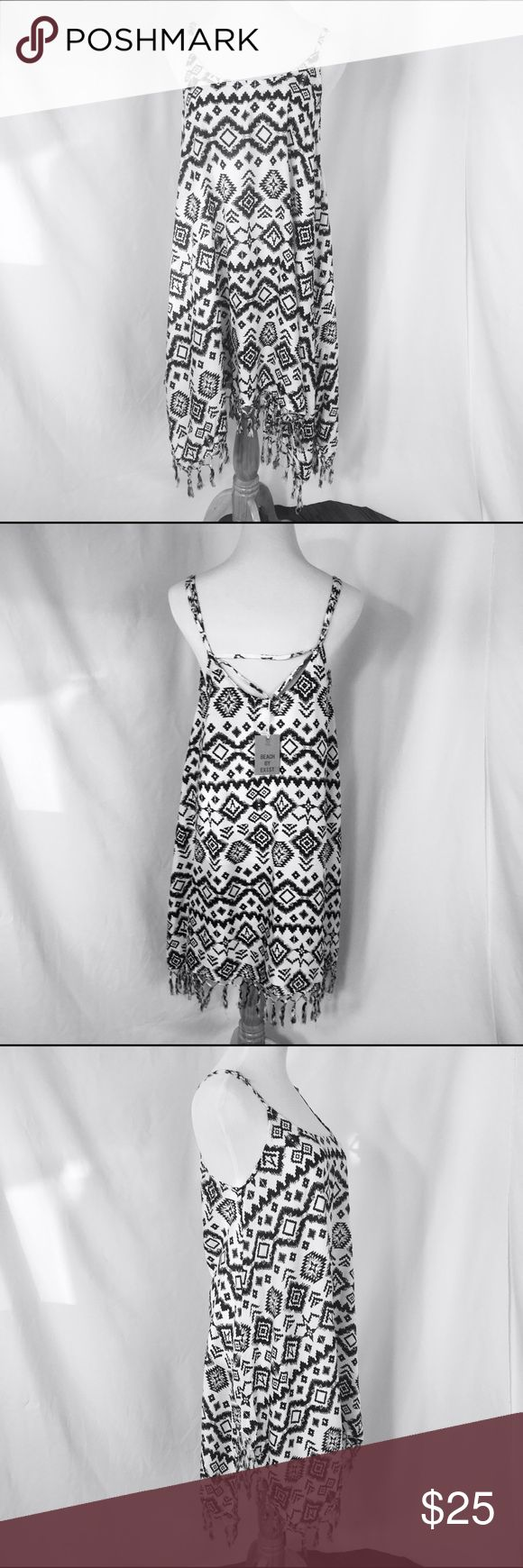 Aztec Print BoHo Cover Up Tunic Dress Aztec Print BoHo Cover Up Tunic Dress with Fringe. Trendy Summer Essential. 100% Rayon Beach By Exist Other