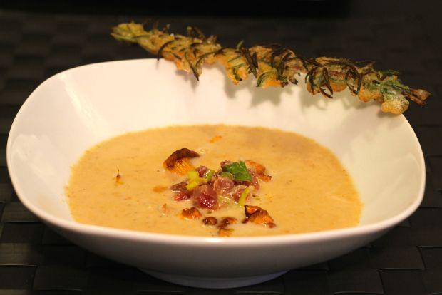 Chantarelle Soup with Tempura Rosemary- Eierschwammerlsuppe