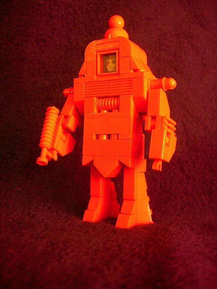 RETROBOT  HH-4 humanhead