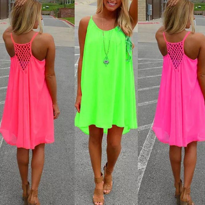 Vestidos neón. Vuelven los colores fosforescentes para este verano.