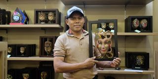 KISAH MENARIK HATI: Kisah Sukses Catur Mengembangkan Batik Kayu
