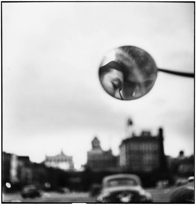 Elliott Erwitt: New York Cty, 1949