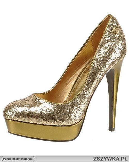 Przepiękne złote buciki w złotym kolorze, szalenie modne w tym sezonie! :))