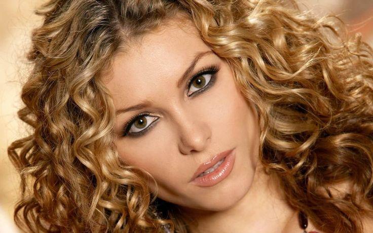 Cabello Ondulado de envidia ¡¡Sensacional!! - http://www.cristianas.com/Peinados-Faciles/cabello-ondulado