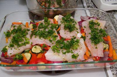 Filé de Merluza Assado Para Sua Reeducação Alimentar → http://www.segredodefinicaomuscular.com/file-de-merluza-assado-para-sua-reeducacao-alimentar #Merluza