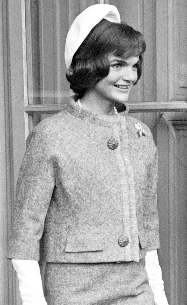 Jackie Kennedy Pillbox Hat: 106 Best Jackie Kennedy's Style Images On Pinterest