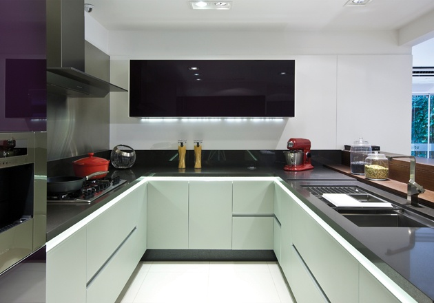 Silestone carbono countertop countertops pinterest - Silestone showroom ...