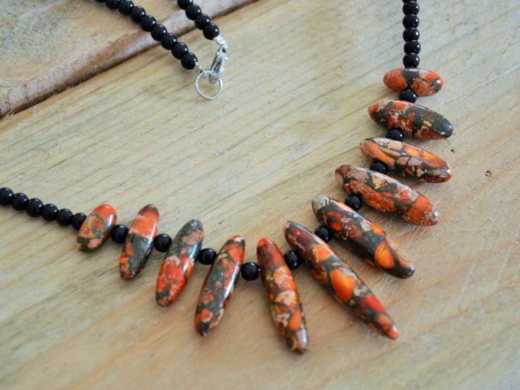 collier mi long asymétrique Jaspe de sédiment de mer rouge & agates noir : Collier par perles-de-filles