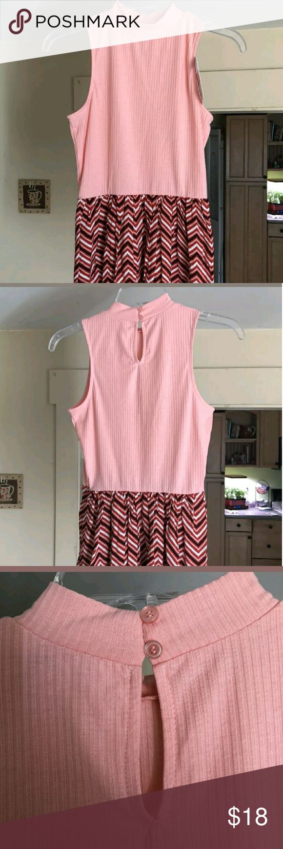 """Tank top chevron blouse NWT 23"""" (front) length from neck line. 26"""" (backside) length from neck line. 15"""" armpit to armpit. NWT smoke amd pet free home. Candie's Dresses"""