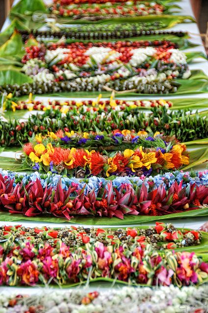 Leis of Hawaii ~ I'll take one of each, please.