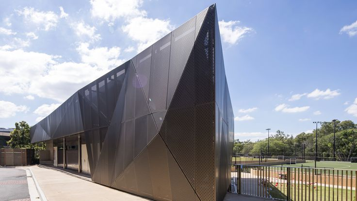 #perforatedtrianglefacade #universityofqueensland #sportshub