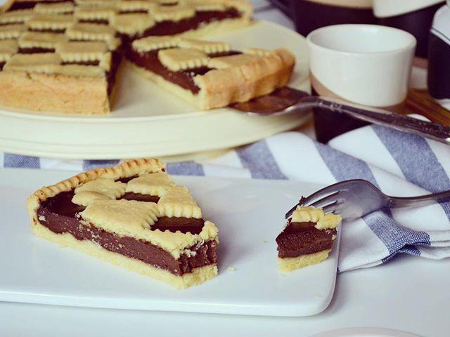 """""""Шахматная"""" кростата с шоколадным кремом!)) 🍫 вкусный десерт для любителей шоколада! 😋"""