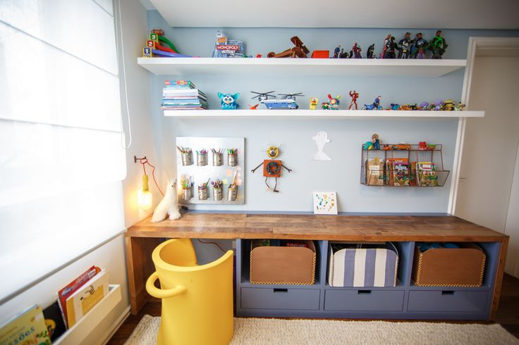 Organizing boxes / Boy Bedroom / Boy Design Chair http://renatamccartney.com.br/site/