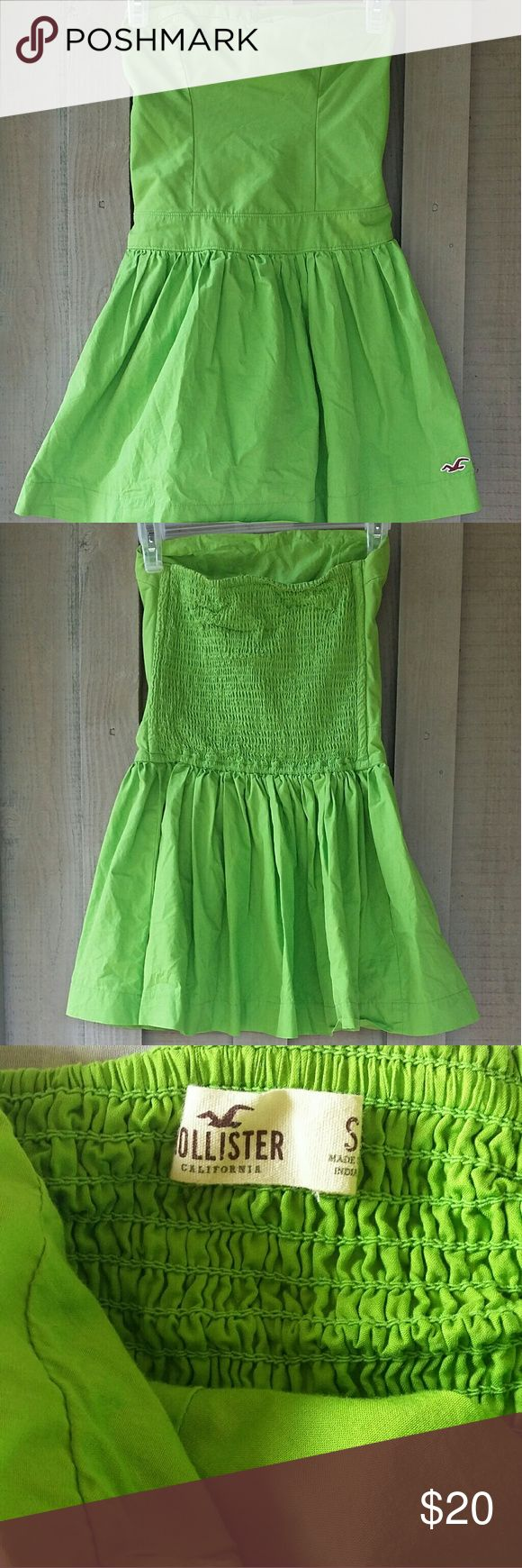 Strapless Hollister Dress Sooooo cute! Worn once. Boning in back to keep it in place. Skirt flares out. Hollister Dresses Strapless