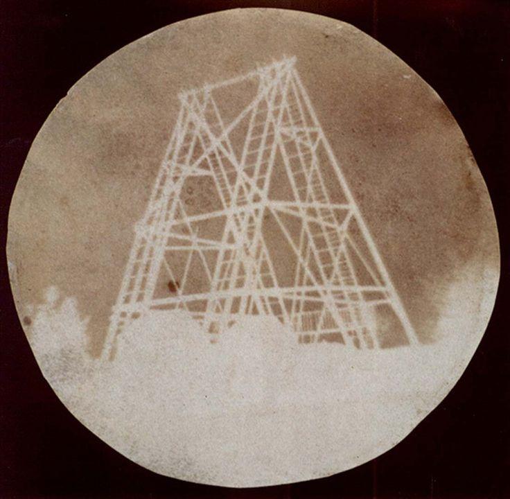 <p><b>John Herschel</b>, <i>View of the telescope at Slough</i>, 1839. Photogenic drawing.</p>