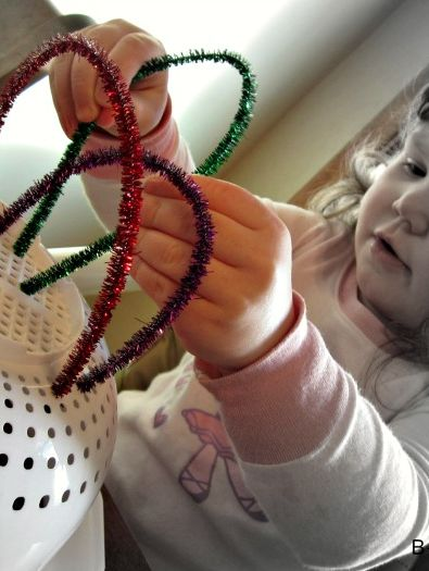 Fine motor skill rainbow fun for toddlers and preschoolers at B-InspiredMama.com.