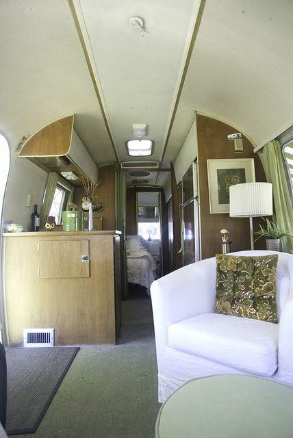 29' 1969 Airstream Ambassador