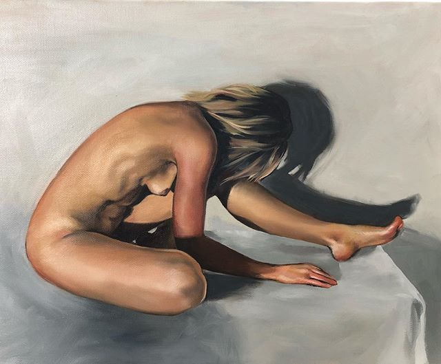 The figure is hands down my favourite subject to paint. #figurativepainting#nude#femaleform#oiloncanvas#oilpainting#painting#art#thebody#femalebody#nudeart#nudeartmodel#realism