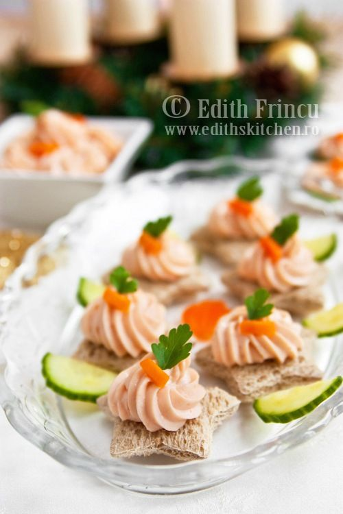 """I want to make this, but use cucumber rounds instead of bread. """"mousse de somon"""""""