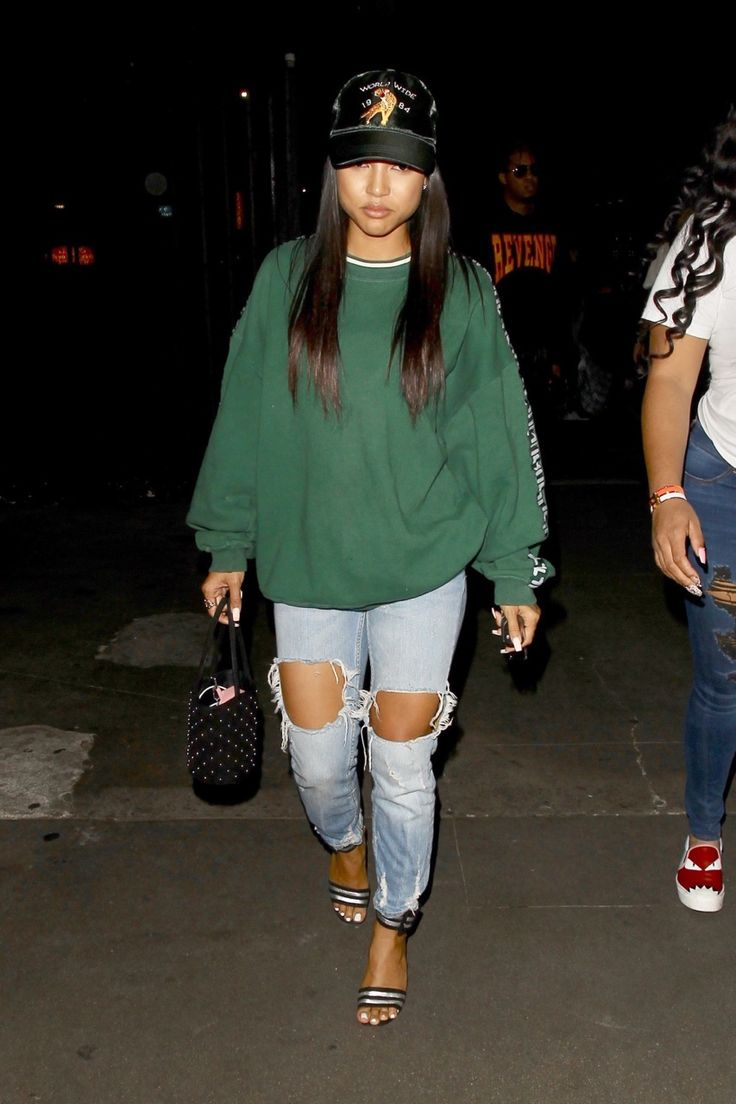 Karrueche's Fashion — Oct 27: Karrueche leaves Warwick Nightclub in...