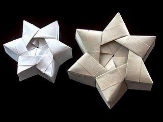 Origami Weihnachtsstern Geschenkbox