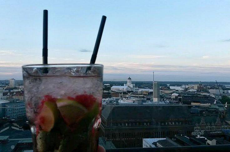 Hoch über Helsinki: Ateljee Bar