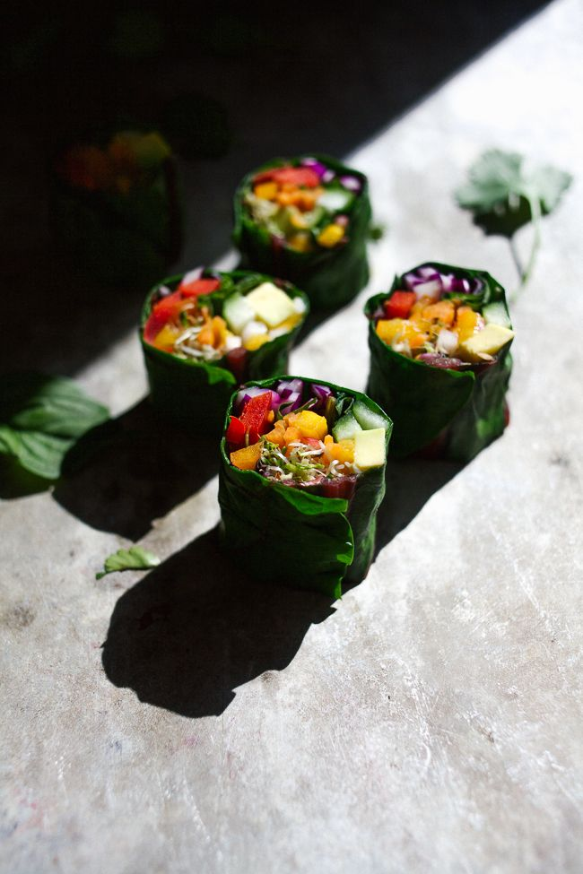 Wholehearted Eats | Rainbow Rolls with Creamy Miso | http://www.wholeheartedeats.com