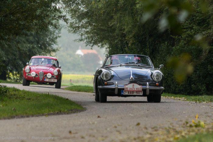 #Porsche #356 et #Alfa_Romeo #Giulietta au Zoute Grand Prix. Photo : Gaultier Vilour pour News d'Anciennes. Reportage complet : http://newsdanciennes.com/2015/10/19/grand-format-zoute-grand-prix/ #ClassicCar #VintageCar #Voiture #Ancienne