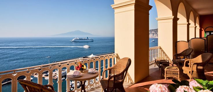 The suites at Excelsior Vittoria are the ultimate in luxury and comfort: Margaret, Caruso, Aurora, Antique, Royal,  Pompei, Imperial and Vit...