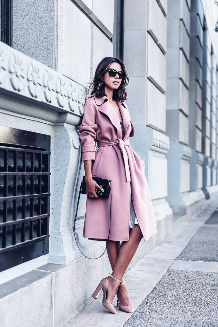 Fall Pastel Outfit Idea - Pink Trench Coat + Pink Velvet Pumps + Black Clutch