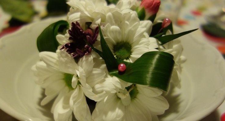 Netradiční aranžování květin v moravském sklípku