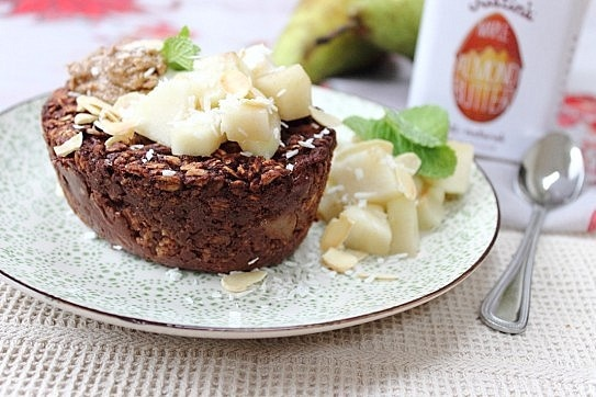 Baked oats, Pears and Chocolate on Pinterest
