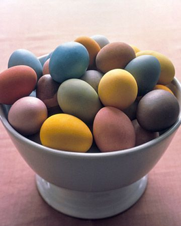 Dying eggs naturally with beets, turmeric, coffee, etc.