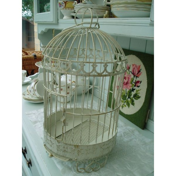 Bird cage arrangements decorating bird cages floral for Cage d oiseau decorative