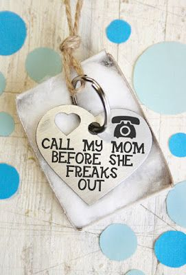 Would you freak out if your pet went missing? Get this customizable dog or cat ID tag!