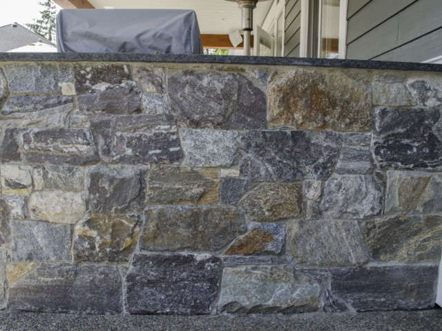 Whether you are looking to add a timeless finish to your ultra-modern home, or simply want a complimentary material for the ever popular craftsman style, Kettle Valley Granite is the stone finish of choice.
