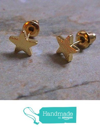 Minimal Gold Plate Star Stud Earrings from ClutchandClasp https://www.amazon.co.uk/dp/B06XD4V4L6/ref=hnd_sw_r_pi_dp_-9L4ybJWRZ7VY #handmadeatamazon