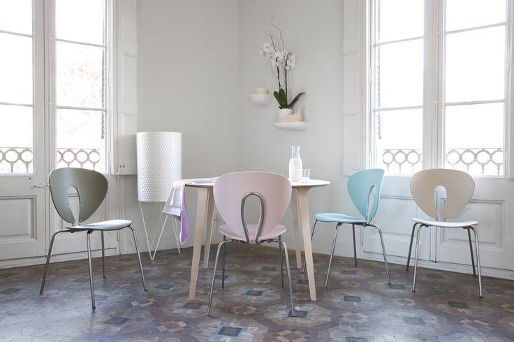 Let's bring some good energy! Let's colour life up! Enjoy STUA Globus chair. GLOBUS: www.stua.com/design/globus