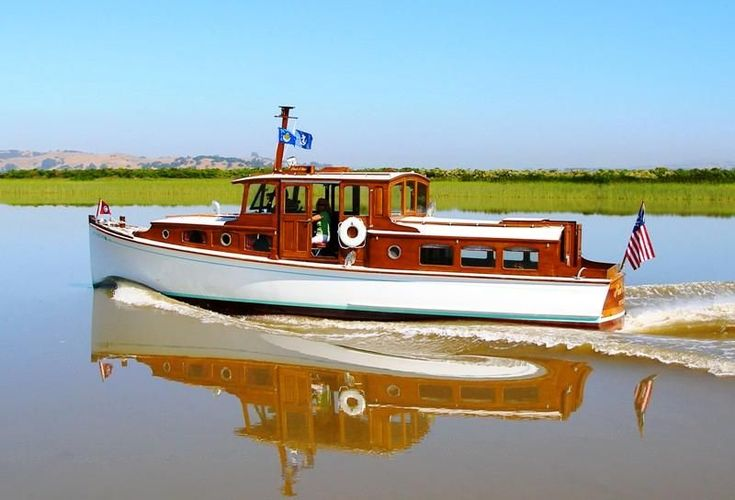 1940 Patterson 36' double trunk Wooden Cruiser.  She is officially listed as a 1940 Patterson But she is built in the style of a boat from the 1920's or earlier.