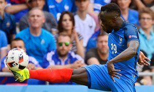 France are wary after Iceland victory over England  Bacary Sagna