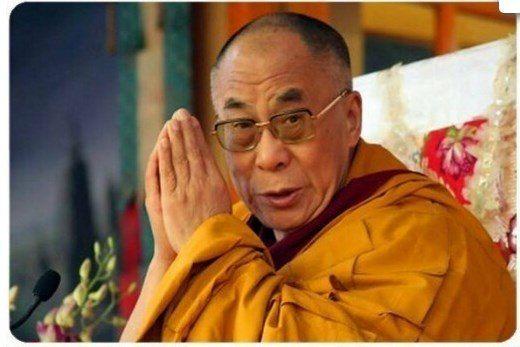 Вначале человек жертвует своим здоровьем для того, чтобы заработать деньги. Потом он тратит деньги на восстановление здоровья. При этом он настолько беспокоится о своем будущем, что никогда не наслаждается настоящим. В результате он не живет ни в настоящем, ни в будущем. Он живет так, как будто никогда не умрет, а умирая сожалеет о том, что не жил.  Далай-Лама http://www.newera-group.net/